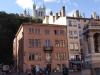 45 Lyon. Perfil de la Fourvière desde la plaza del Antiguo Ayuntamiento.